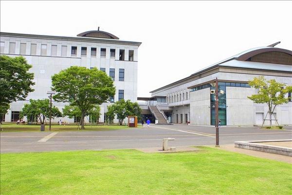 寒川総合体育館